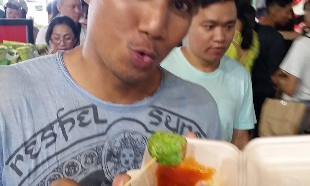 Sampling Creative Street Food at Jalan Alor Market in Kuala Lumpur, Malaysia